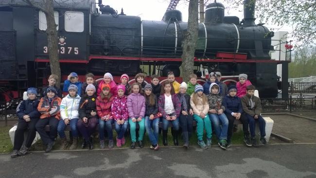 """Однодневная автобусная экскурсия """"Дорога Жизни"""""""