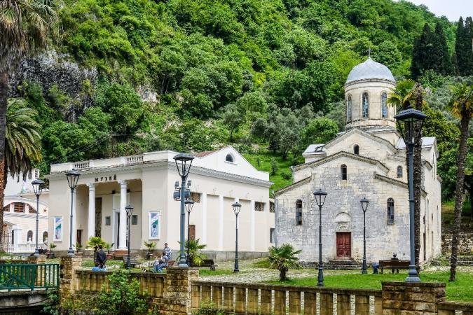 Экскурсионный тур в Сочи и Абхазию